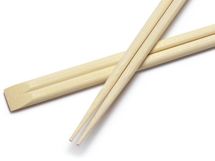 先の細さは1.8mm。00-11303-089 割箸 竹一番 竹天削 極 24cm【袋】