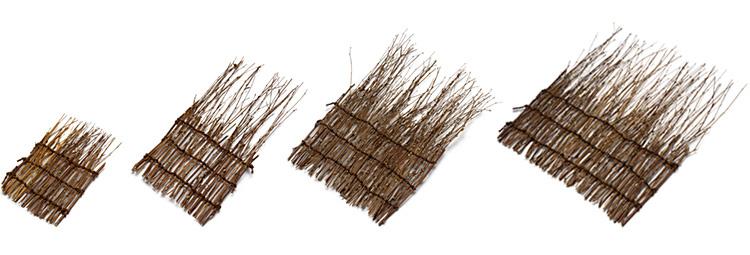 【左から】ミニ 幅8cm×長さ16cm、小 幅13cm×長さ26cm、中 幅17cm×長さ26cm、大 幅25cm×長さ26cm