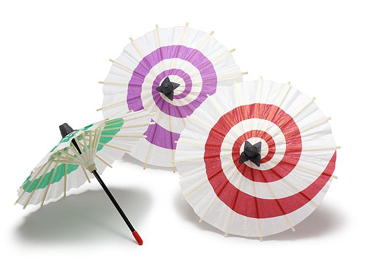 舞傘三色の画像。【左】00-18501-643 舞傘 緑、【中央】00-18501-642 舞傘 紫、【右】00-18501-641 舞傘 朱