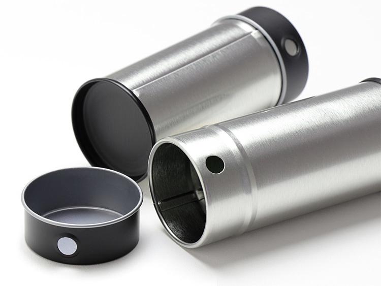 00-16301-009 スチール缶 七味缶の蓋を外した画像