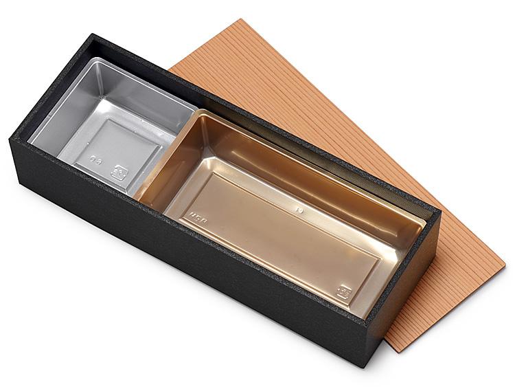 ユニ折箱 うなぎの寝床一段 大 墨香 に、P製のぞき 長角 赤金とP製のぞき 松花堂 6寸用 銀 をセットした画像