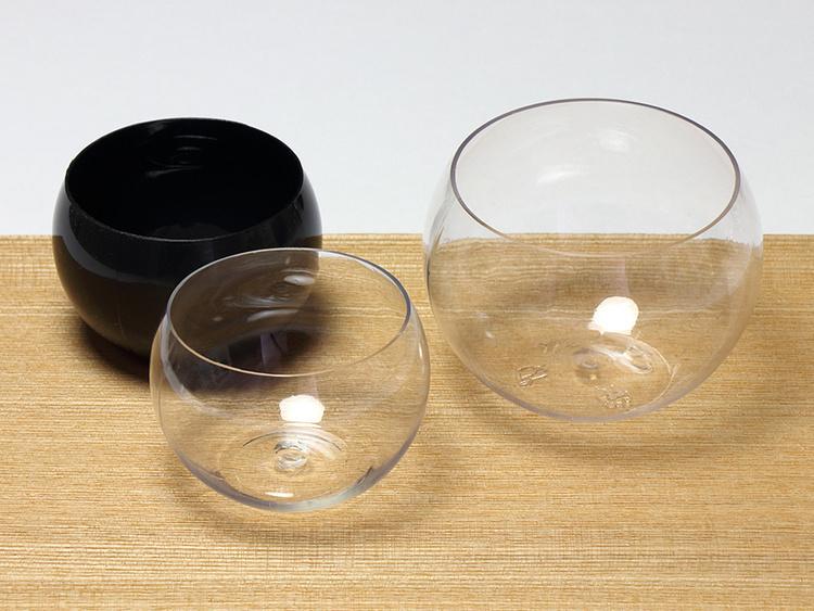 (左から)スフェアボウル 黒 60ml、 スフェアボウル 透明 60ml 、スフェアボウル 透明 150ml